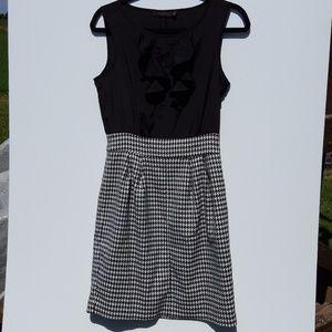 Black & White Houndstooth check Print Dress size 4